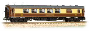 "Graham Farish 374-232 BR Mk.1 Pullman Second Kitchen, ""Car No.343"", Umber/Cream with Grey Roof"